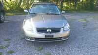 2005 Nissan Altima 3.5 V6 ONLY 109000 KM