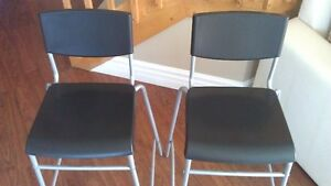 BRAND NEW - 2 HIGH CHAIRS - STOOLS - BAR CHAIR