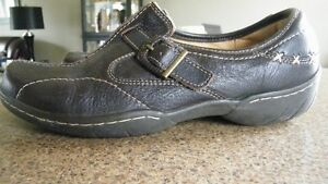 Ladies Naturalizer Shoes--New