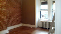 Downtown 1 Bedroom Heat, Hotwater fridge and Stove included