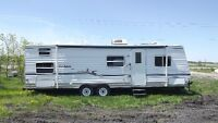 2003 Dutchman 29ft ***4 bunks***