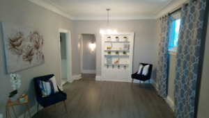 Two bedroom Apartment in Downtown Hamilton with Parking
