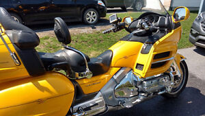 2001 Yellow Goldwing