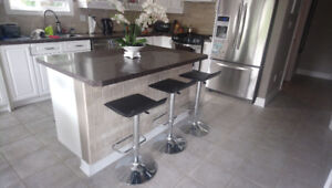 Four bar swivel stools adjustable with metal base