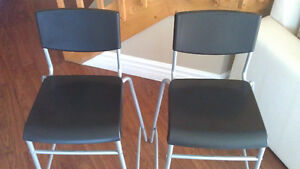 BRAND NEW - 2 x HIGH CHAIRS - STOOLS - BAR CHAIR