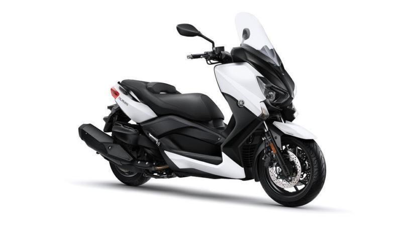 2017 YAMAHA X-MAX 400 ABS ABSOLUTE WHITE, BRAND NEW!