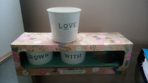3 Flower or herb pots - Grown with Love