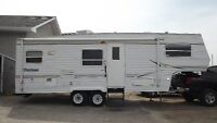 ***New Listing***2001 Dutchman 26ft Fifth wheel with slide