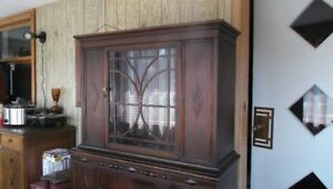 ANTIQUE CHINA CABINET..