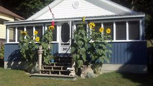 Port Stanley 3 Bedroom Cottage-Start your vacation!