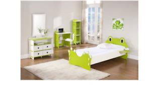 Frog Kids bedroom set