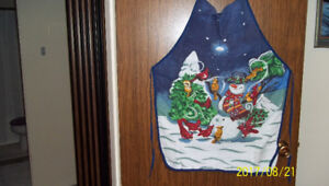 OH, THAT UGLY CHRISTMAS APRON!!!!!!!!!!!!!!!!!!!!!!!