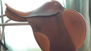 """17.5"""" Jumping Saddle for sale"""