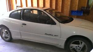 2000 Pontiac Sunfire Coupe (2 door)