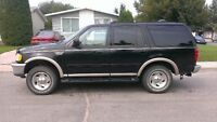 1998 Ford Expedition 4X4 possi diff hunting new tires