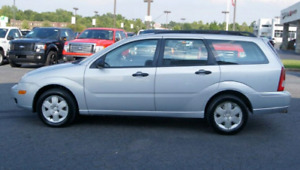 2005 ford focus wagon 152,000 km safety/etest incl- private sale
