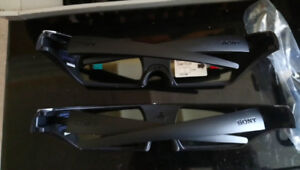 Sony 3D Glasses pair with dust protectors