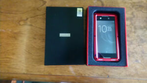 case neuf pour Cellulaire Sony XA1  NEUF!!!!!!!
