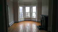 2 or 3 bedroom - 29 Wright St - washer / dryer included!!