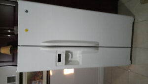 Appliance for sale (fridge stove dishwasher and microwave)