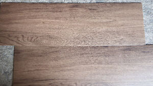 Commercial Quality Extra Thick Luxury Vinyl Plank, Self Stick London Ontario image 4