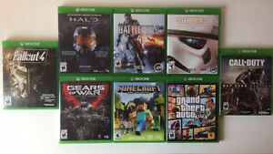 XBOX ONE + 8 GAMES + 2 CONTROLLERS + MIC HEADSET Cambridge Kitchener Area image 4