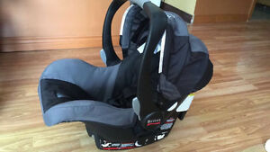 Britax B-Safe car seat & base