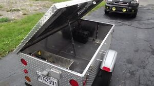 Remorque de camping en aluminium pour moto ou petite voiture West Island Greater Montréal image 7
