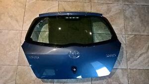2010 Yaris - Rear door (Hatch)
