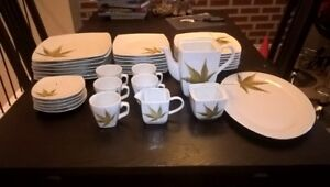 Dinnerware set 38 pieces
