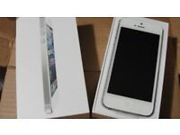iPhone 5 16gig White with box and charger 02