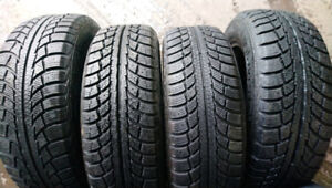 4 pneus hiver 185/65R15 Gislaved North frost 5 ,