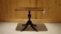 ANTIQUE DUNCAN PHYFE TABLE