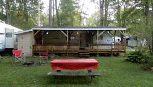 30 ft EXCELLENT COND. TRAILER +COVERED PATIO+SHED