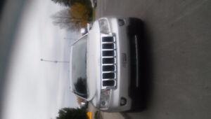 2012 Jeep Grand Cherokee overland VUS
