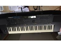 Roland E70 Synth