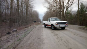 1989 dodge d250 12v cummins for sale or trade with 90,000 org km