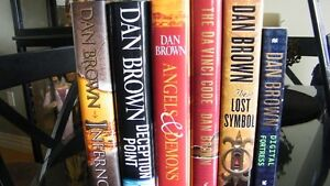Six Books by Author Dan Brown.