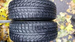 2 pneus hiver 185/65R14