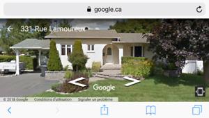 Superbe maison à vendre... Ste-Julie