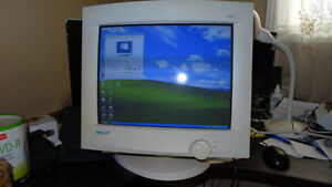"17"" MAG CRT Monitor for SALE ONLY $10 - ONE Lunch Price"