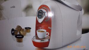 Machine à café Caffitaly flambant neuve
