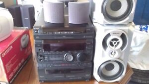 SONY AUDIO SYSTEM  AND AIWA SYSTEM GOOD WORKING CONDITION