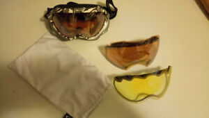 Oakley Snowboard Goggles with 2 extra lenses