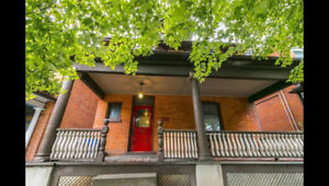 Character infused 2 BR Apartment in West Hamilton