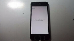 fantastic condition iphone 5s-16gb rogers