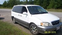2002 Kia Sedona leather Minivan, Van