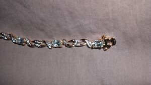 Gorgeous Blue Topaz Gold Bracelet