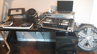 WANT TO LEARN TO BE A DJ