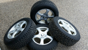 Set of 4 Winter tires on Aluminum Wheels